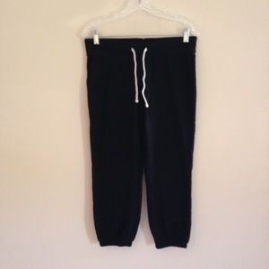 NWOT Mossimo Cropped Black Sweatpants